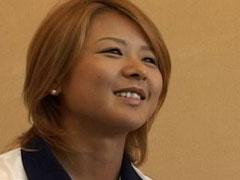 フランス戦の解説者、川上直子さんのブログ炎上!「ヘリウムガス吸ってるみたい」