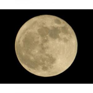 """月は地球に衝突した惑星を材料にしてできたのではなく、高速自転する""""地球""""の物質から形成された"""