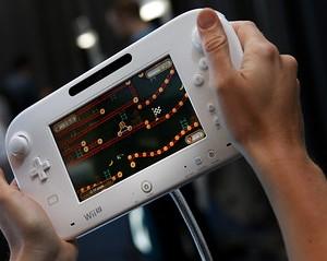 任天堂、「Wii-U」国内価格は予想どおり2万5000円-高いとの声も