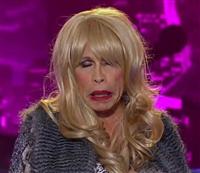 エアロスミスのスティーヴン・タイラーが女装して米TV番組『アメリカン・アイドル』に特別出演