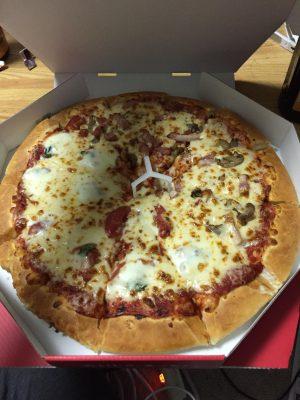 ワイ、ピザを注文しようとするも断念