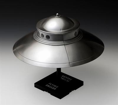 【プラモデル】1/48 空飛ぶ円盤 アダムスキータイプ プラモデル[WAVE]《04月予約》