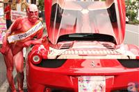 「進撃の巨人 フェラーリ458スパイダー」お披露目 都内各所やワンフェス会場で展示予定