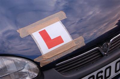 【海外】受験料の合計は約60万円! 110回連続で運転免許試験に落ち続けている28歳の英国女性