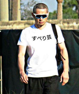 【朗報】イチロー「すべり芸」Tシャツで登場wwwww
