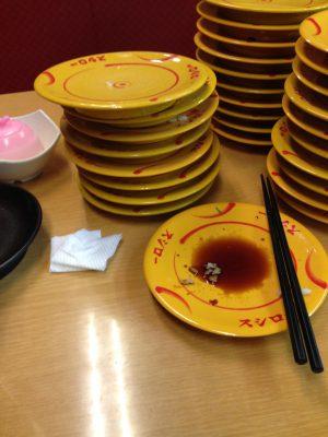 ワイデブ プレミアムフライデー回転寿司30皿食べる