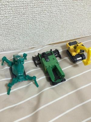 Jの民たちは車のおもちゃと電車のおもちゃどっちが好き?