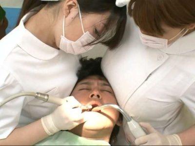 歯医者行ったら若い女の人の助手のおっぱいめっちゃ当たってたんだけど